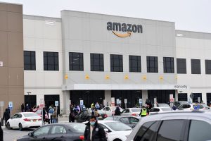 Amazon Q1 beats on net sales of $75.5B but posts net income of $2.5B, down $1B on a year ago