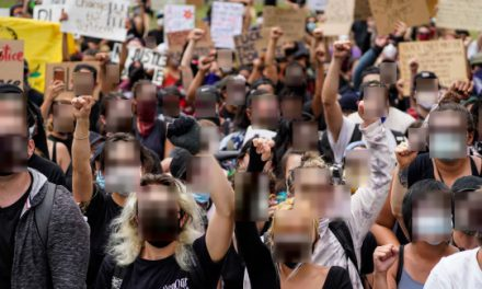 These free tools easily blur protesters' faces and anonymize photos